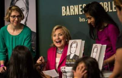 Fox News Suggests Obama Captured Benghazi Suspect to Boost Hillary's Book Tour