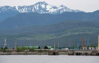 Canadian Govt Approves Pipeline Through Pristine West Coast, but Opponents Say They Can Stop It