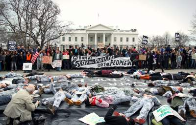 Hundreds of Students Arrested Outside White House at Keystone XL Pipeline Protest
