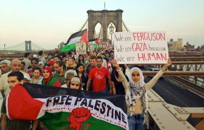 'Gaza in our Hearts:' NYC Protesters Hang Palestinian Flag from Manhattan Bridge