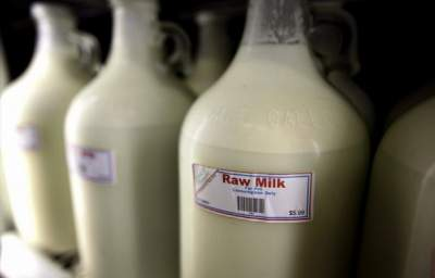 Europe Installs Raw Milk Vending Machines, While US Rules Unpasteurized Dairy Illegal