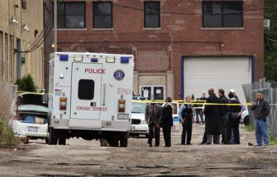 Rep. Luis Gutiérrez: Chicago Murder Outbreak Linked to Deep-Rooted Issues of Poverty, Unemployment
