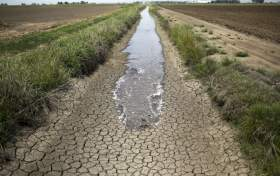 Drought-Stricken California Makes Historic Move to Regulate Underground Water for the First Time