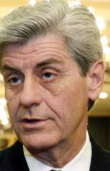 Mississippi Gov. Blames Working Mothers for America's Education Woes