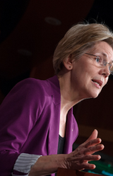 Elizabeth Warren Wants to Make it Easier for Women to Sue Employers Over Pay Discrimination