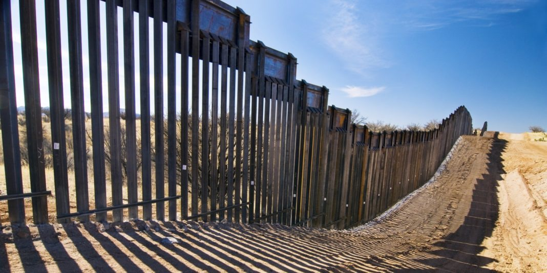 wall on the american mexican border essay