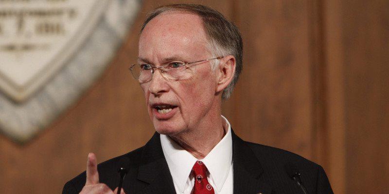 Alabama Governor Blocks Minimum Wage Increase After Raising