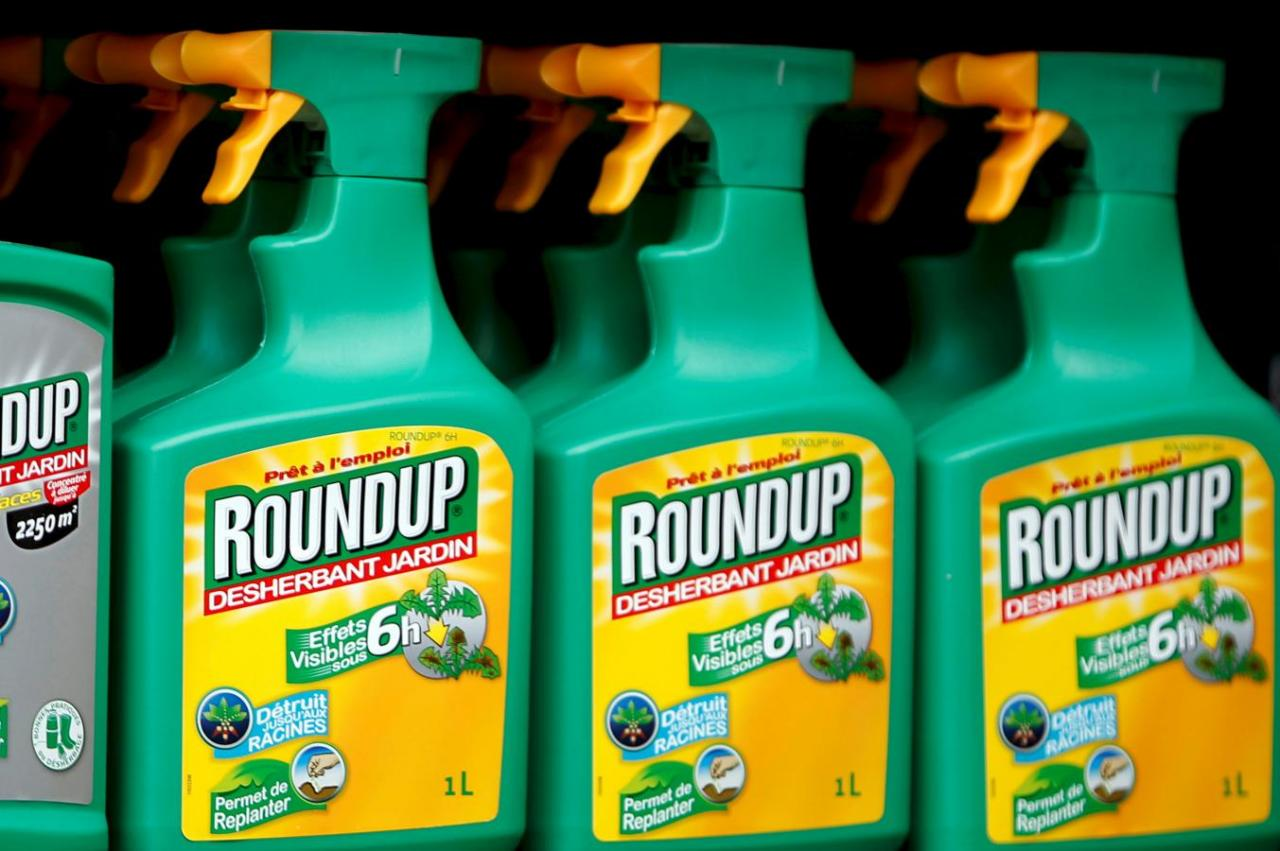 EPA reaffirms weed killer safe for Consumers as court cases grow