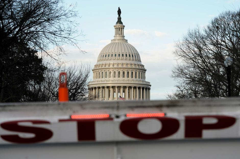 No signs of a deal to end partial government shutdown